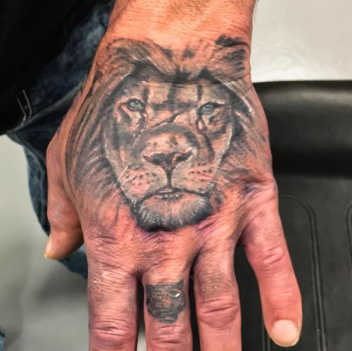 Battle Lion